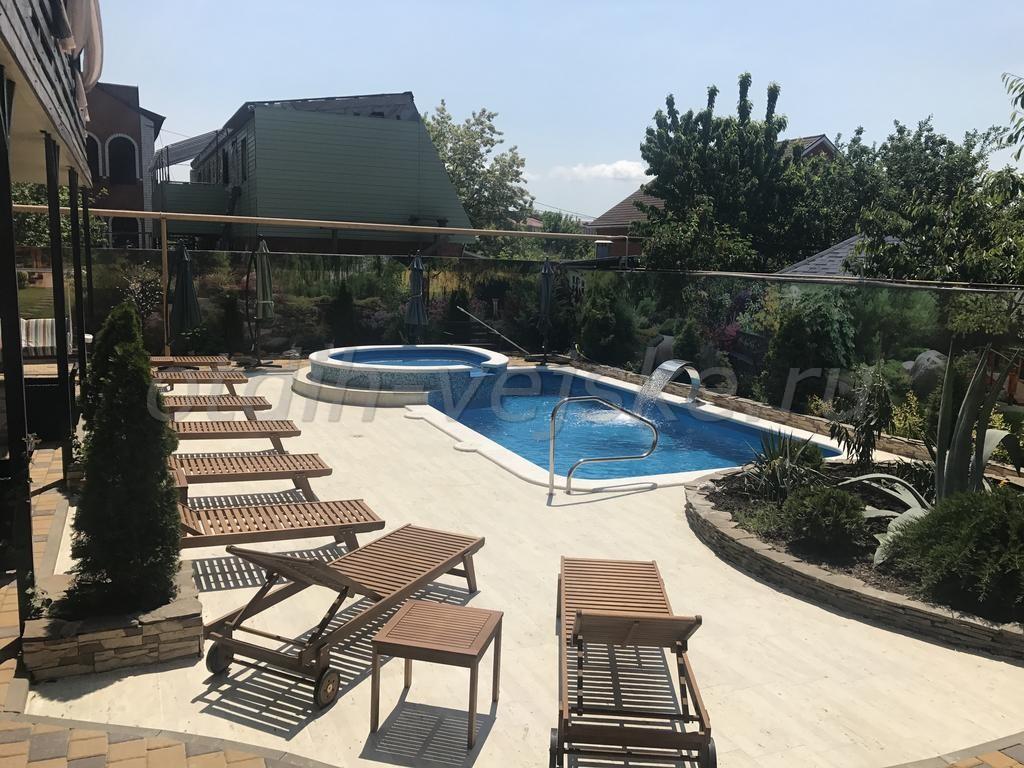 Ейск гостиницы с бассейном